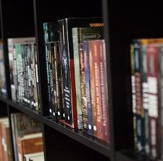 Biblioteca / Videoteca